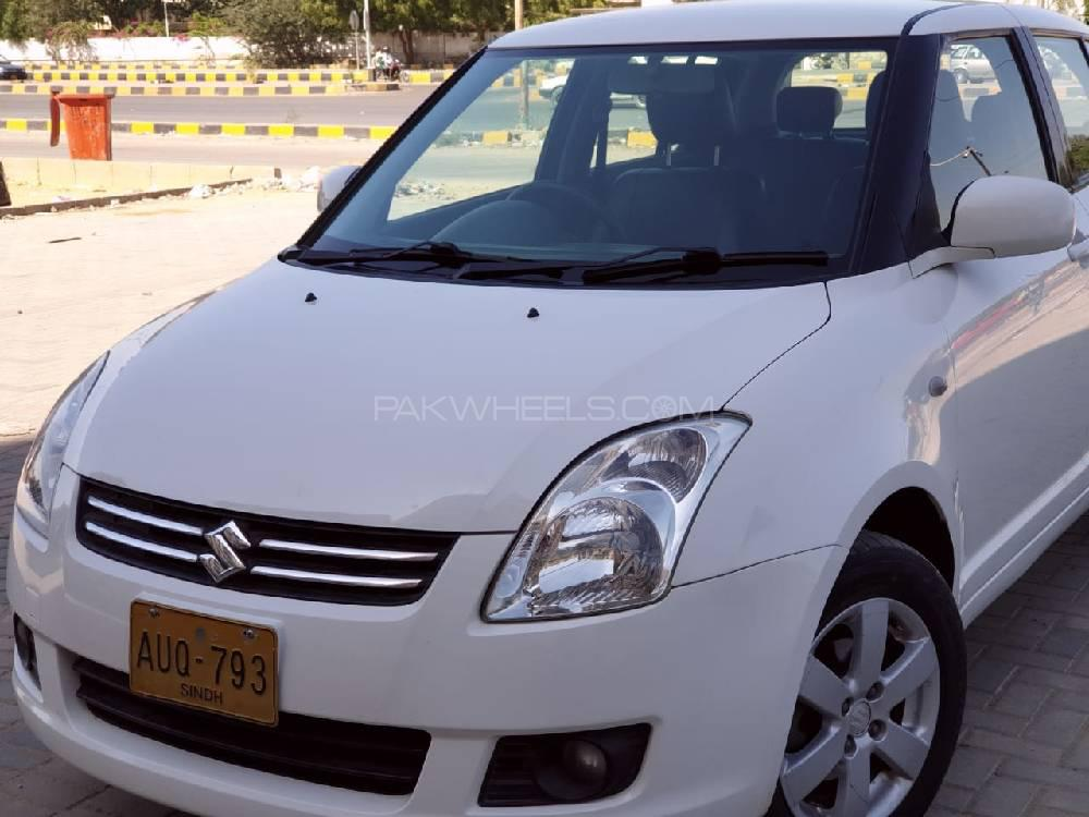 Suzuki Swift DLX 1.3 Navigation  2011 Image-1