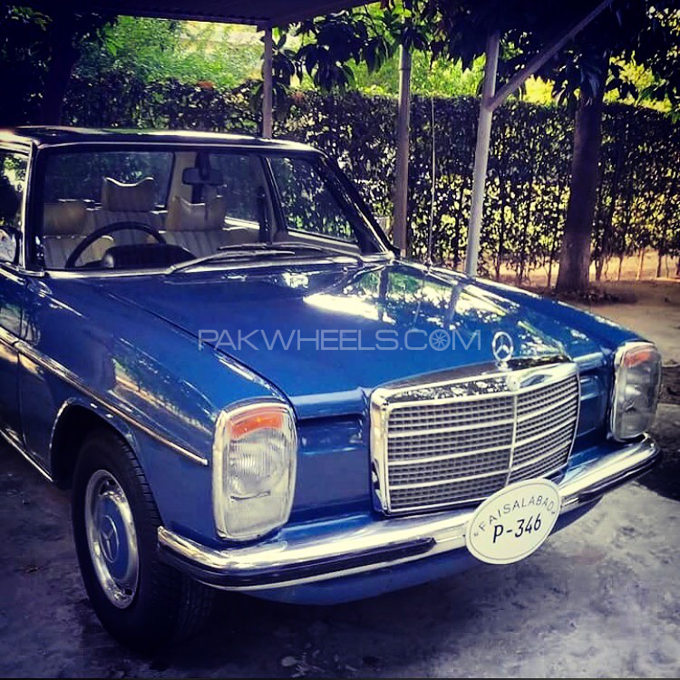 Mercedes Benz E Class - 1976  Image-1