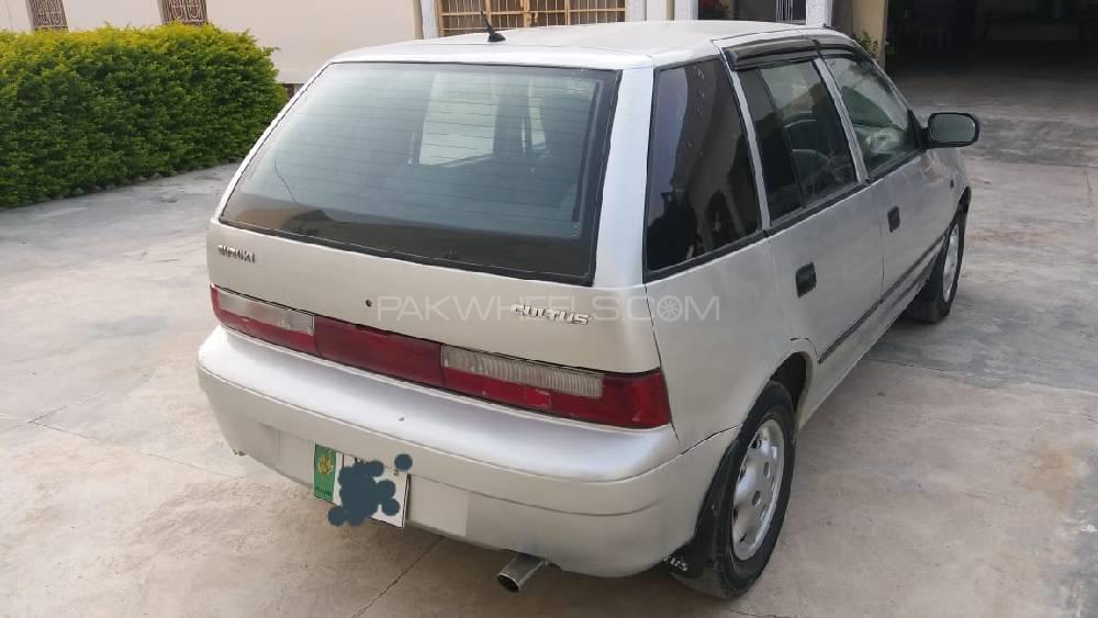 Suzuki Cultus VXR 2001 Image-1
