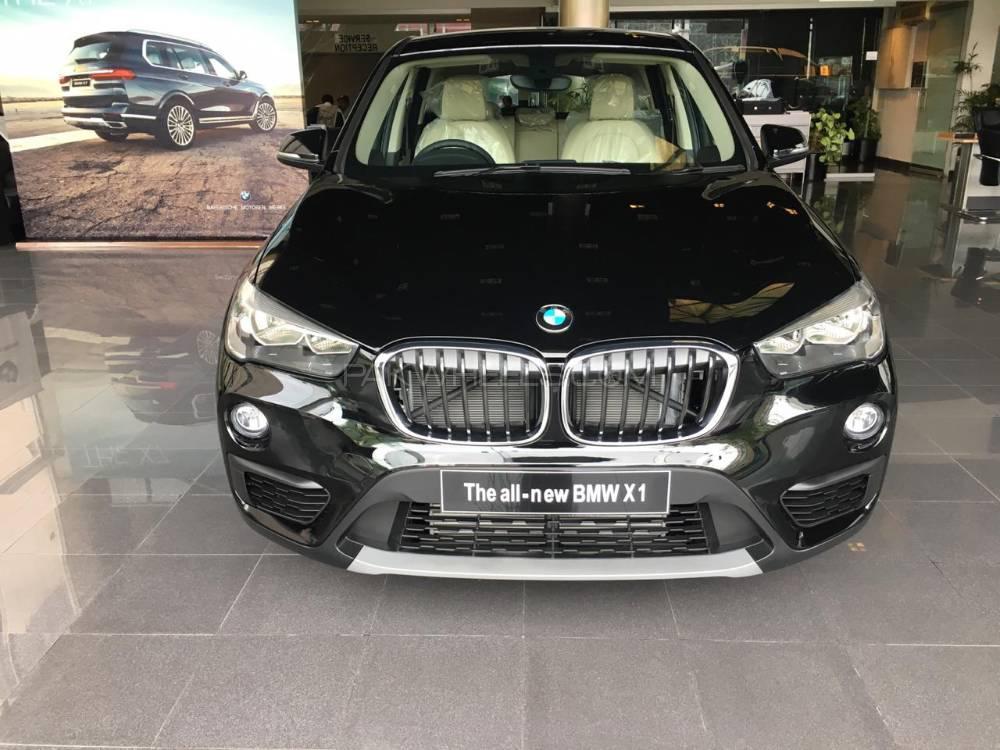BMW X1 sDrive18i 2019 Image-1
