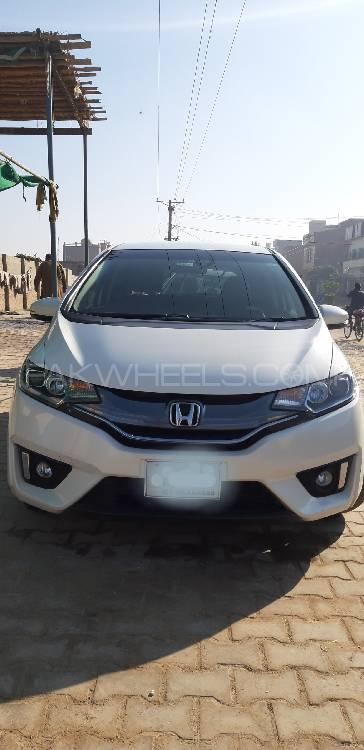 Honda Fit 1.5 Hybrid L Package 2018 Image-1