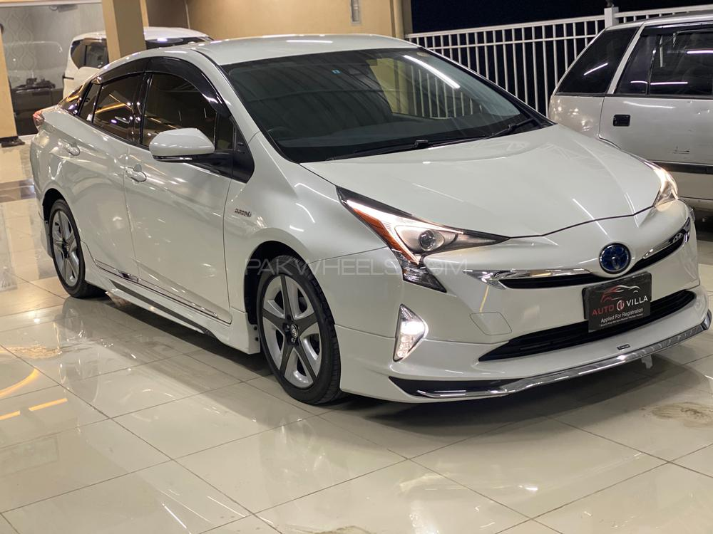 Toyota Prius S Touring Selection 2016 Image-1