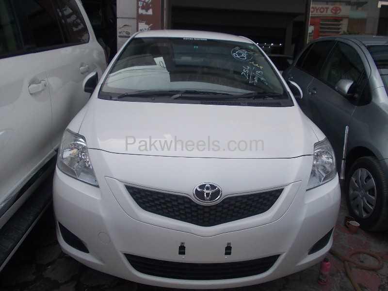Toyota Belta 2010 Image-1