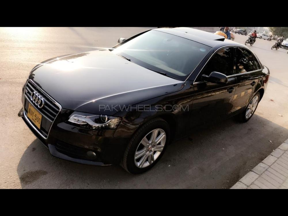 Audi A4 S-Line Competition 2010 Image-1