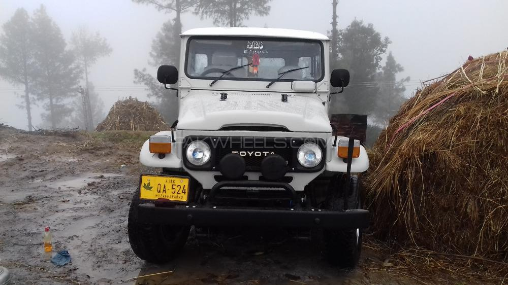 Jeep Bj212 1984 Image-1