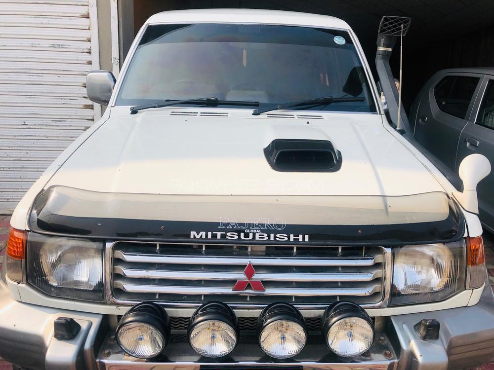 Mitsubishi Pajero Exceed 2.8D 1994 Image-1