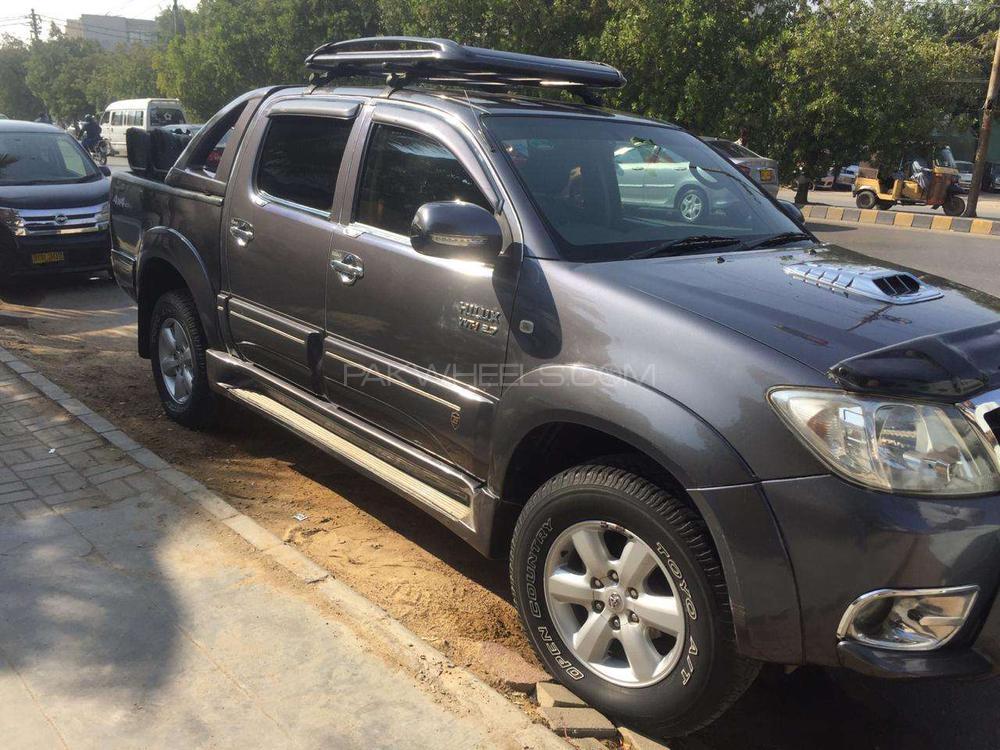 Toyota Hilux Vigo G 2008 Image-1