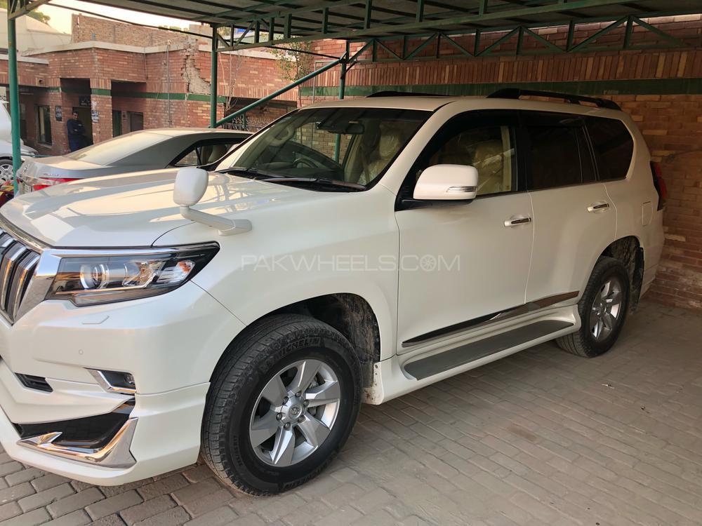 Toyota Prado TX Limited 2.7 2017 Image-1