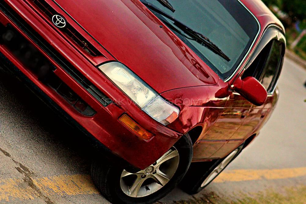 Toyota Corolla XE Limited 1999 Image-1