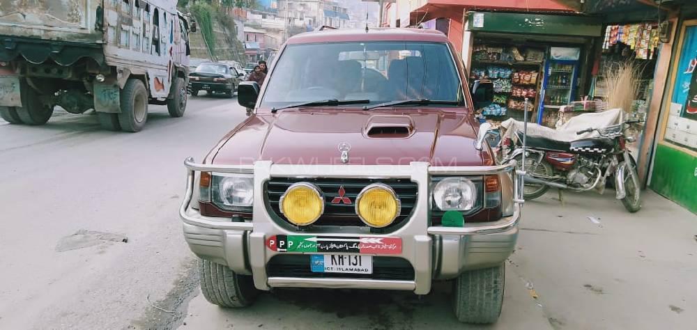Mitsubishi Shogun 1997 Image-1