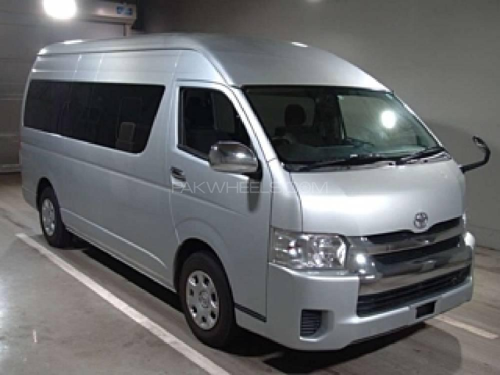 Toyota Hiace Grand Cabin 2015 Image-1
