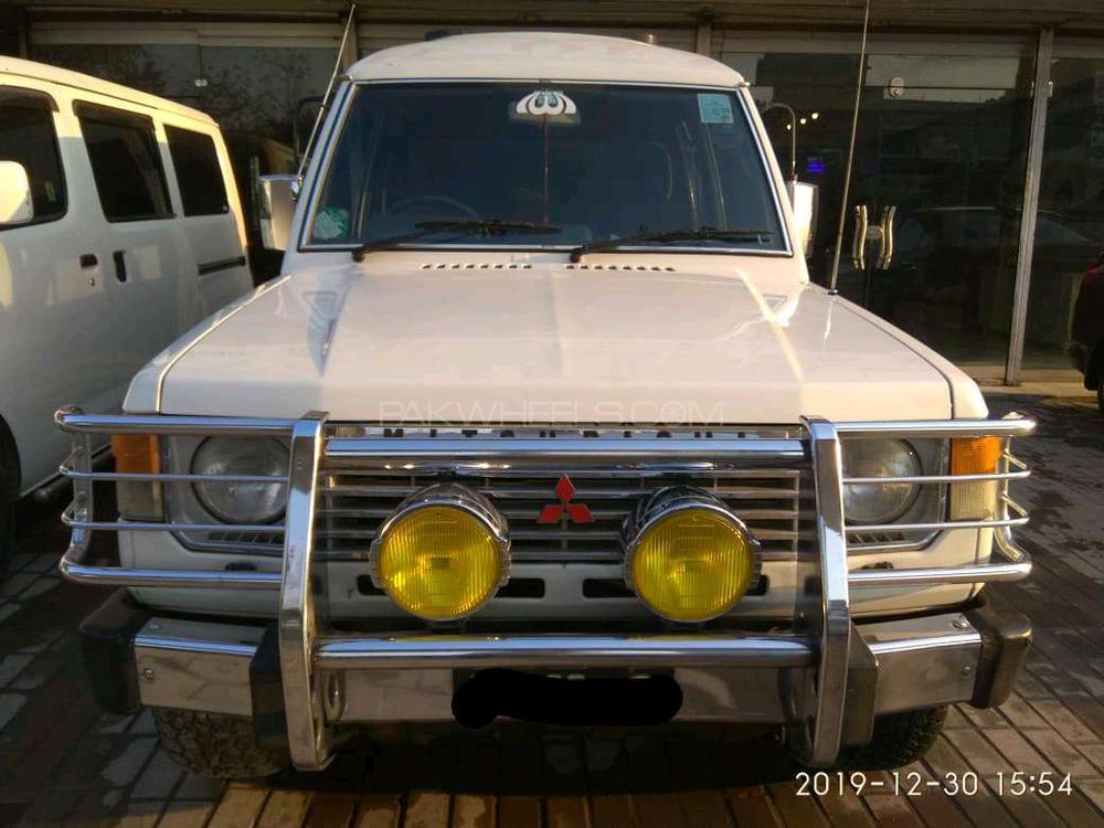 Mitsubishi Pajero Exceed 2.4 1990 Image-1