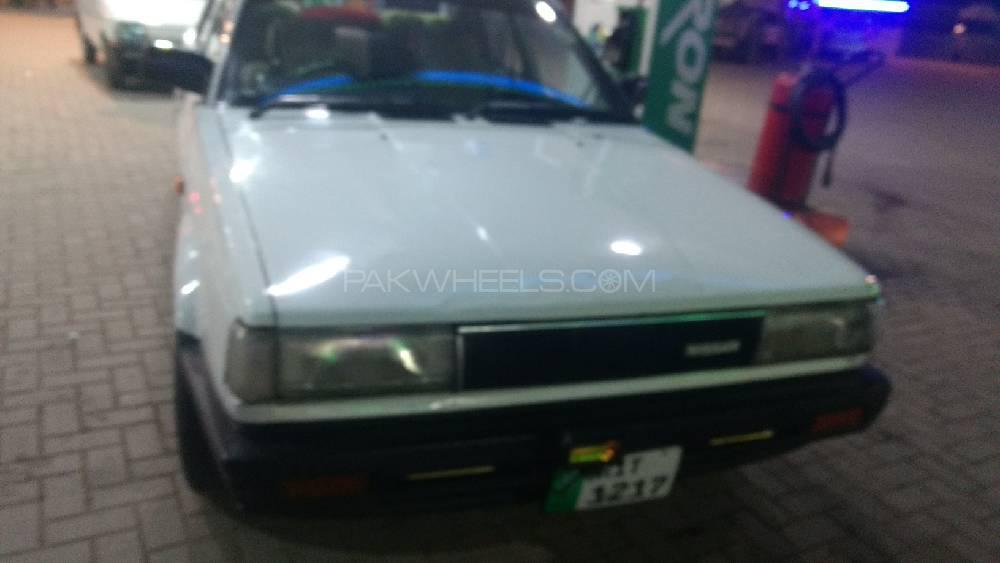 Nissan Sunny LX 1986 Image-1