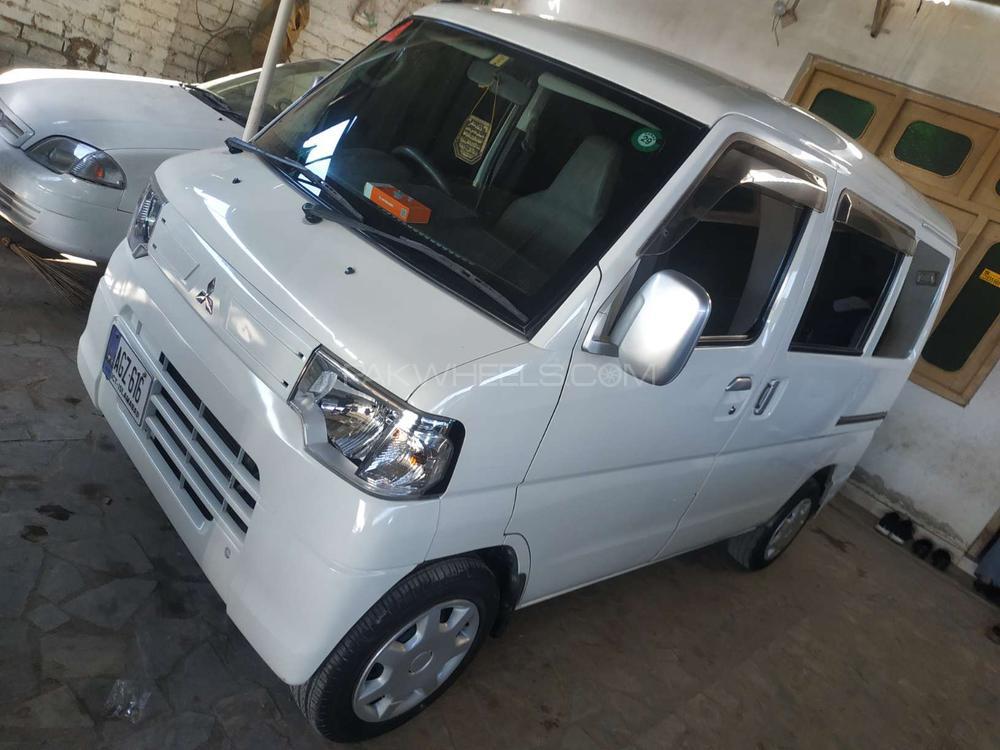 Mitsubishi Other 2012 Image-1