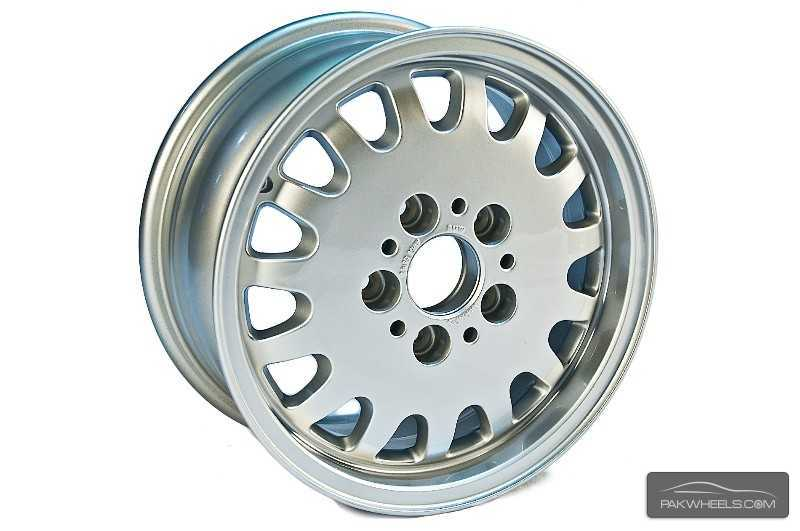 Bmw Original 15 Inch Alloy Rims For Sale In Rawalpindi Car Accessory 925369 Pakwheels