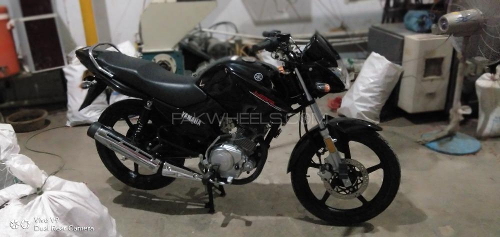 Yamaha YBR 125 - 2018  Image-1