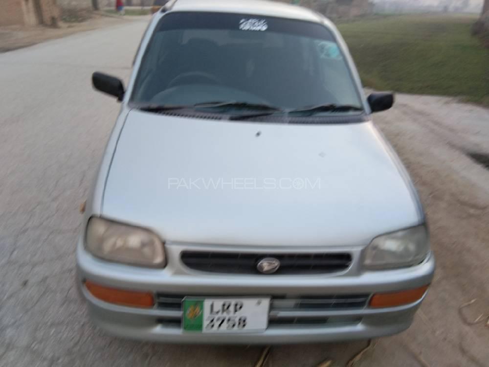 Daihatsu Cuore CL 2003 Image-1