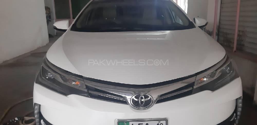 Toyota Corolla Altis Grande 1.8 2019 Image-1