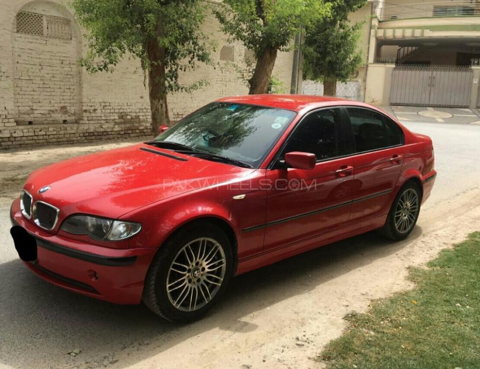 BMW 3 Series - 2009  Image-1