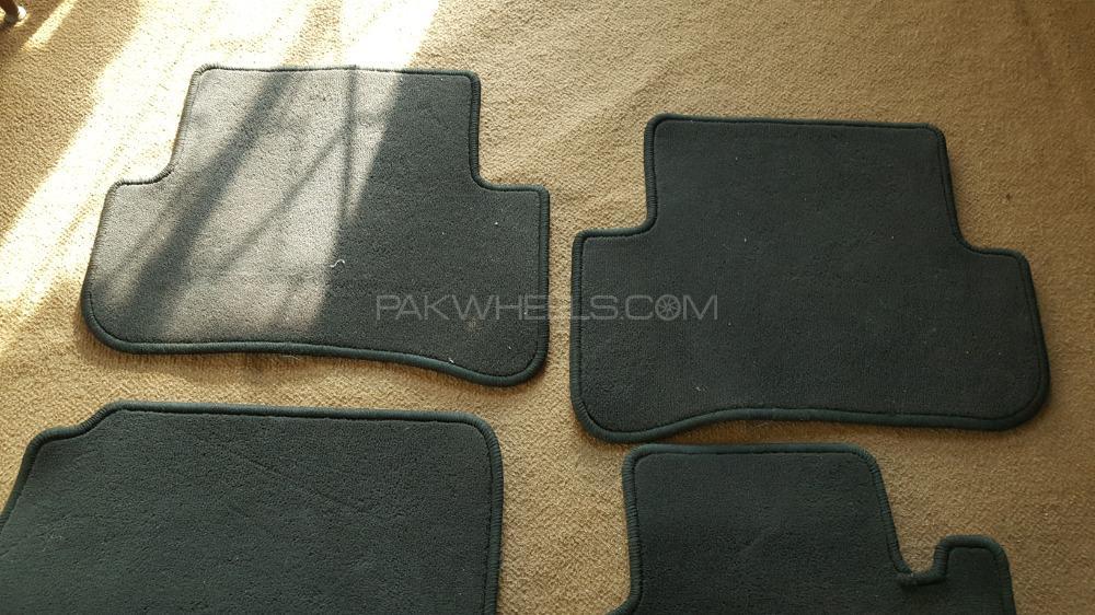Original Mercedes Benz Floor Mats Image-1