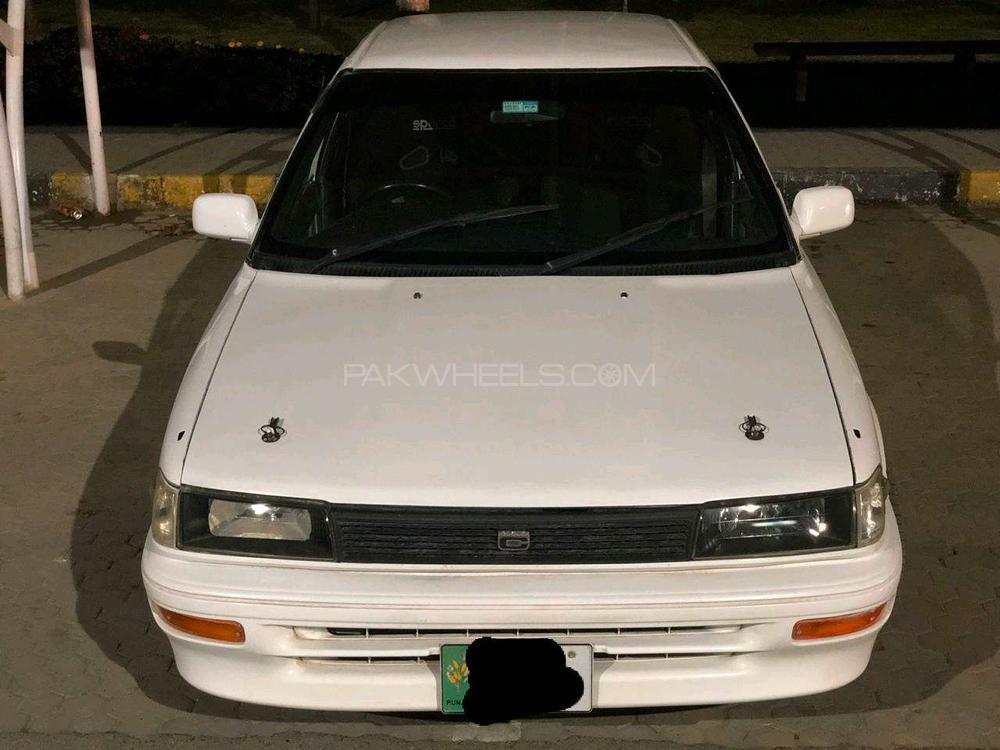 Toyota Corolla SE 1988 Image-1