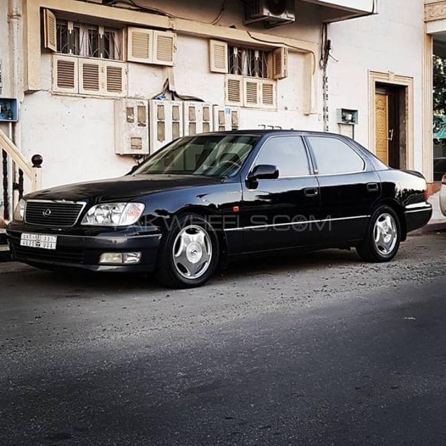 Lexus LS Series - 2000  Image-1