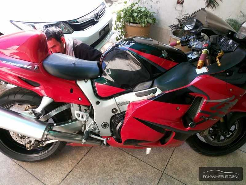 used suzuki hayabusa 2005 bike for sale in lahore 112451 pakwheels. Black Bedroom Furniture Sets. Home Design Ideas