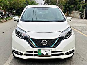 Used Nissan Note 15M KAGAYAKI EDITION 2016