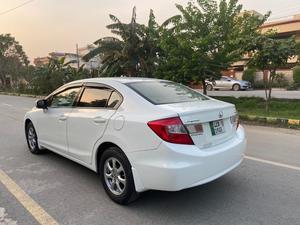 Honda Civic UG 2015 Lahore Registration  Mileage 49,000 Km White colour 3 Original Cameras