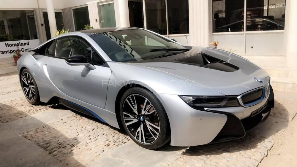BMW i8 2014 Image-1