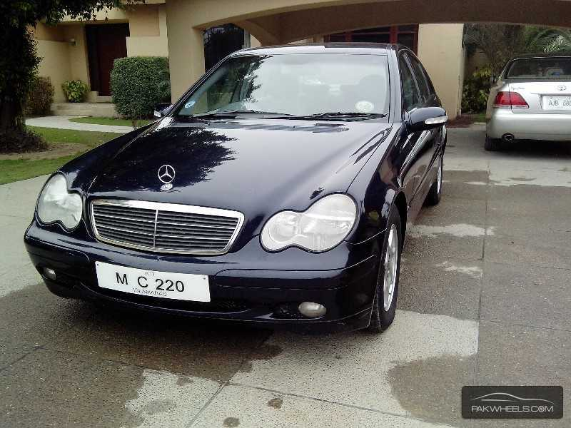 mercedes benz c class c220 cdi 2002 for sale in lahore pakwheels. Black Bedroom Furniture Sets. Home Design Ideas