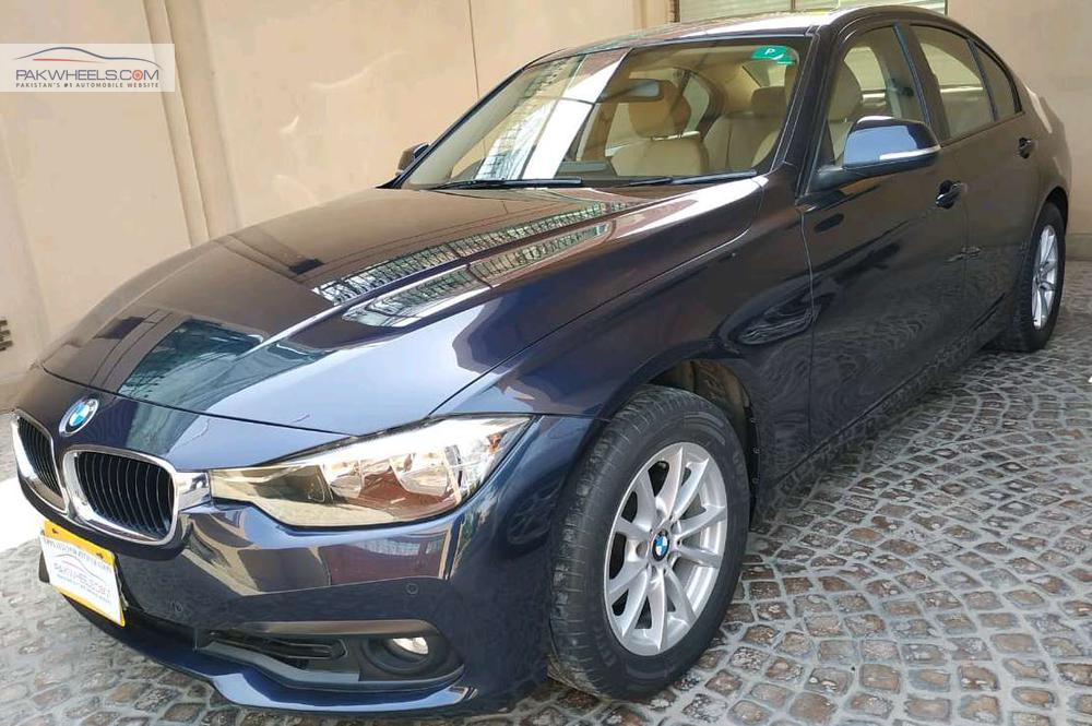 BMW 3 Series 318i 2017 Image-1