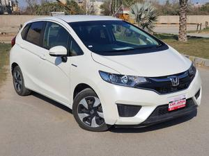 Used Honda Fit 1.5 Hybrid L Package 2016