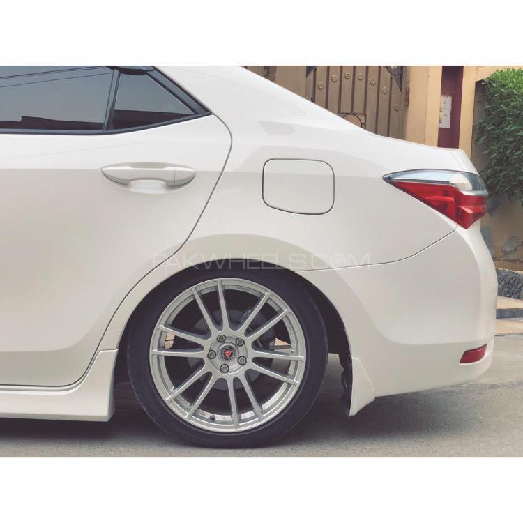 Toyota Corolla - 2019  Image-1