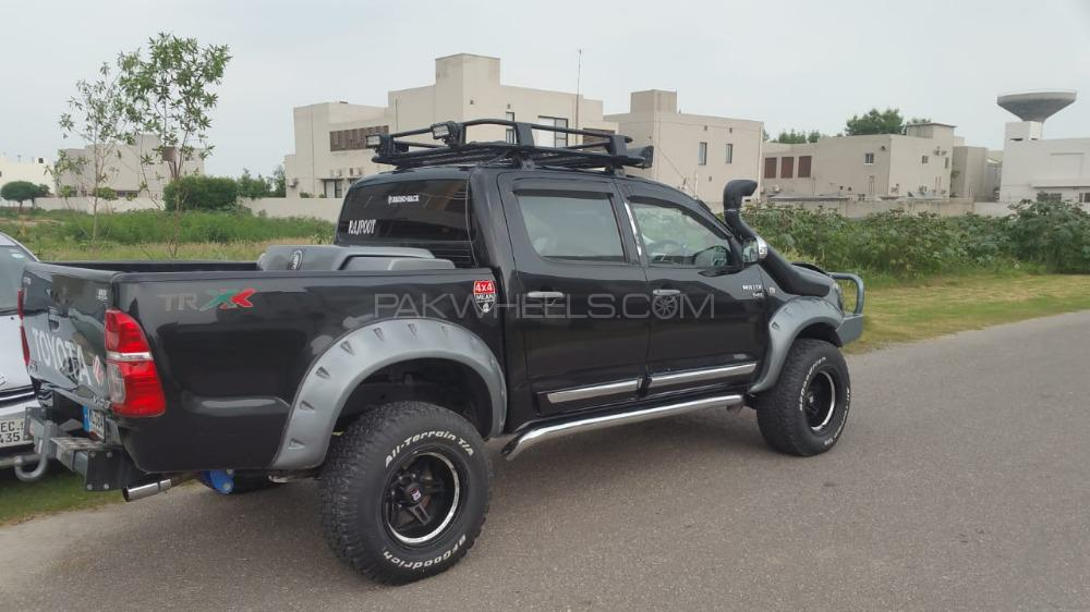 Toyota Hilux - 2007  Image-1
