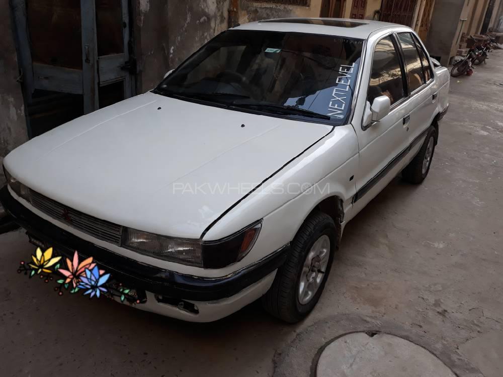 Mitsubishi Lancer GLX 1.5 1990 Image-1