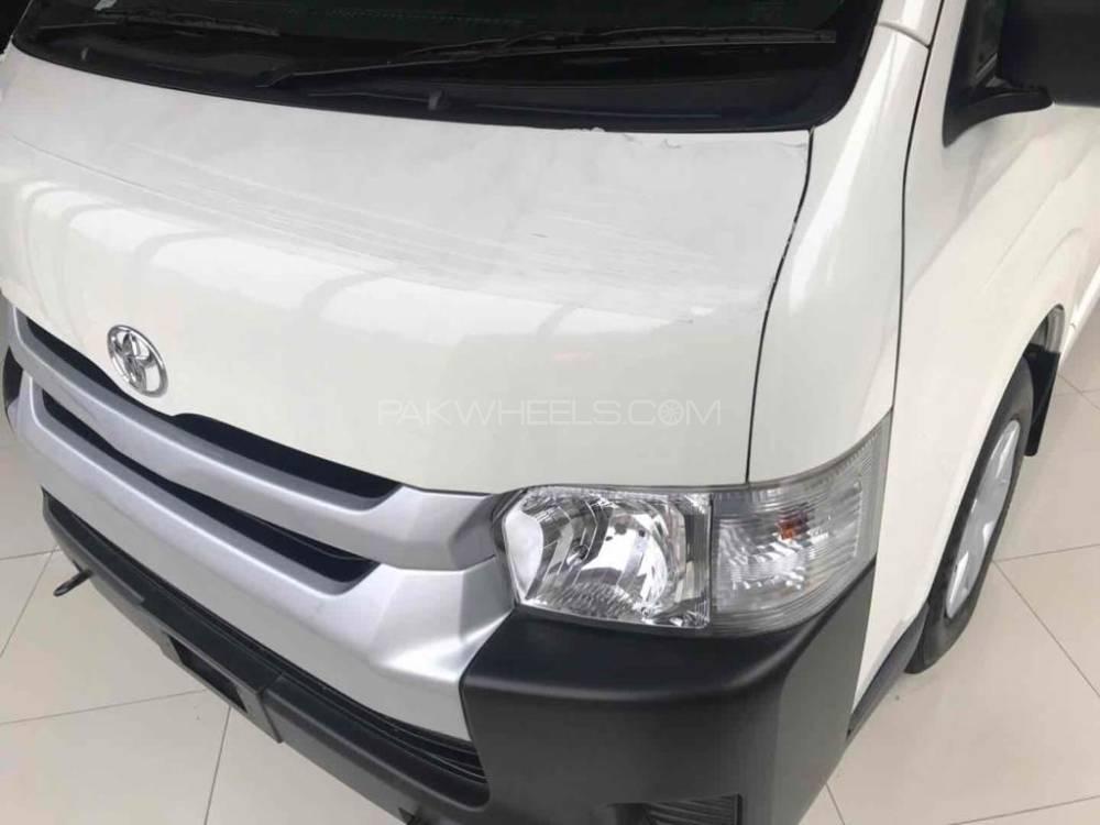 Toyota Hiace Hi Roof 2.5 Up spec 2019 Image-1
