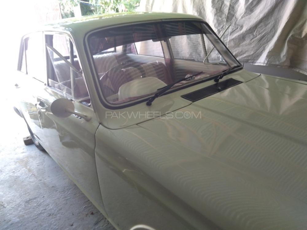 Ford Cortina - 1964  Image-1