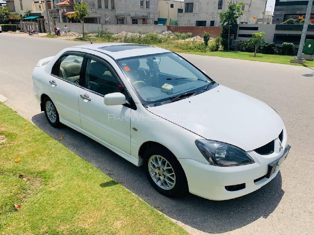 Mitsubishi Lancer 2005 Image-1