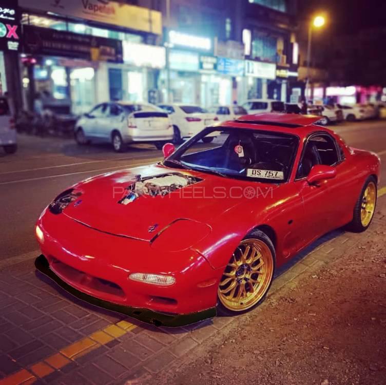 Mazda Rx7 - 1999  Image-1