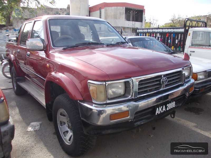 toyota hilux 4x4 d c up spec 1995 for sale in islamabad pakwheels. Black Bedroom Furniture Sets. Home Design Ideas