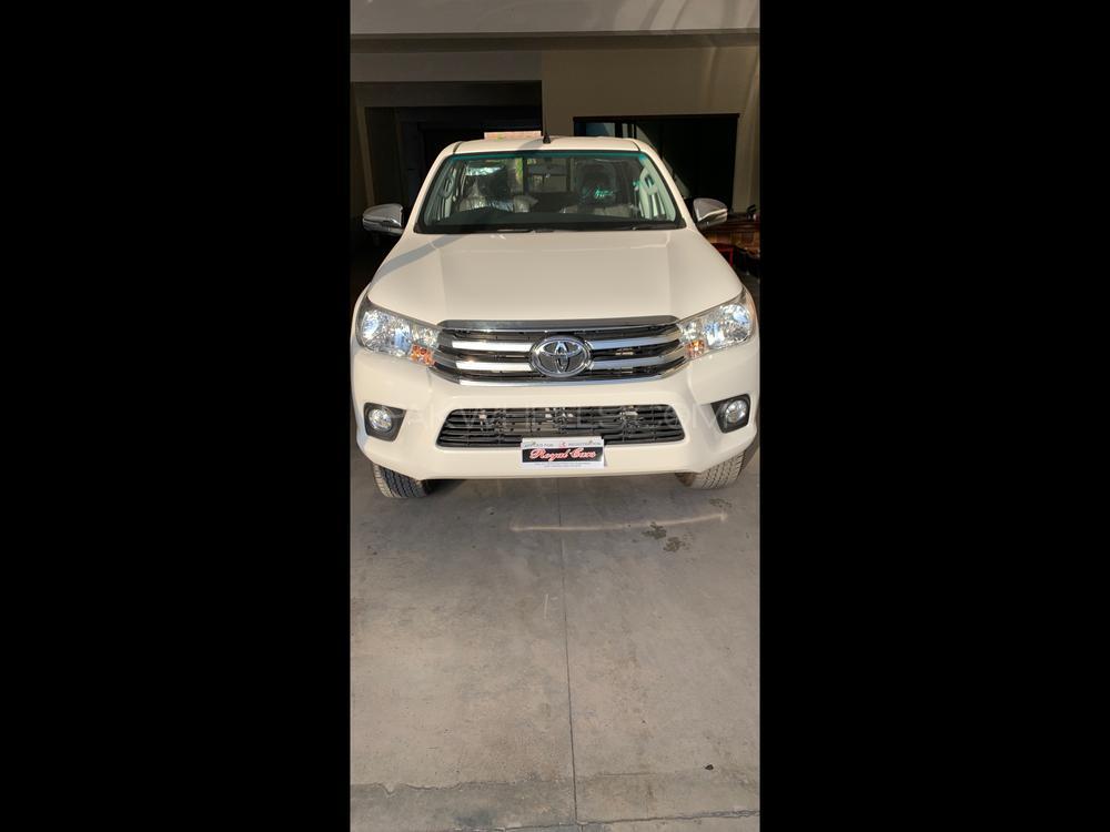 Toyota Hilux Revo G Automatic 2.8 2020 Image-1