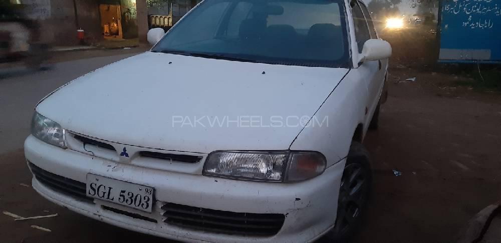 Mitsubishi Lancer 1993 Image-1