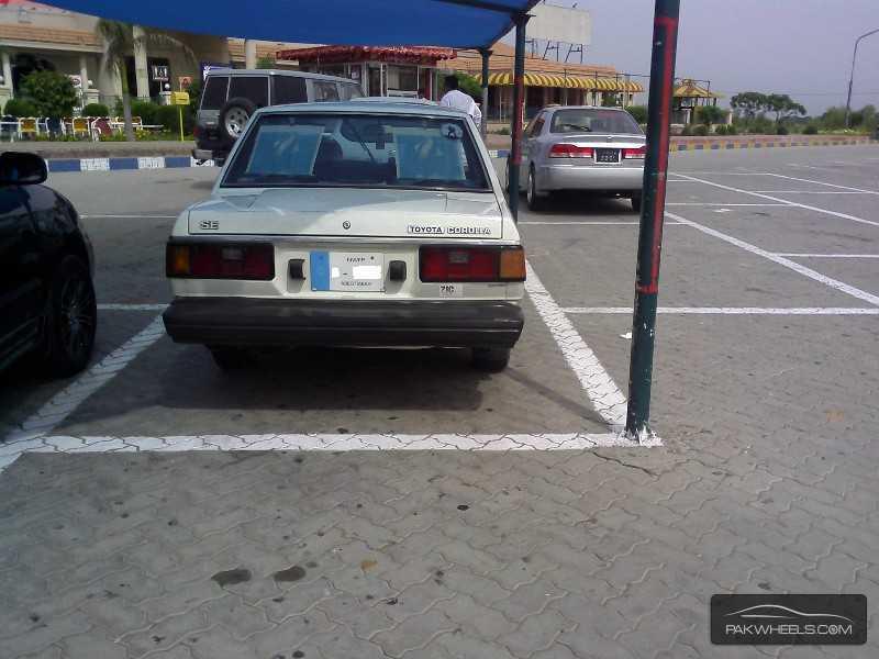 Toyota Corolla SE Limited 1982 Image-2