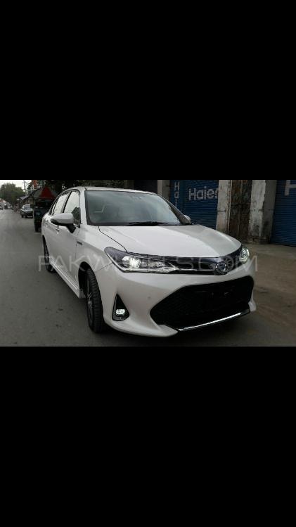 Toyota Corolla Axio - 2018  Image-1