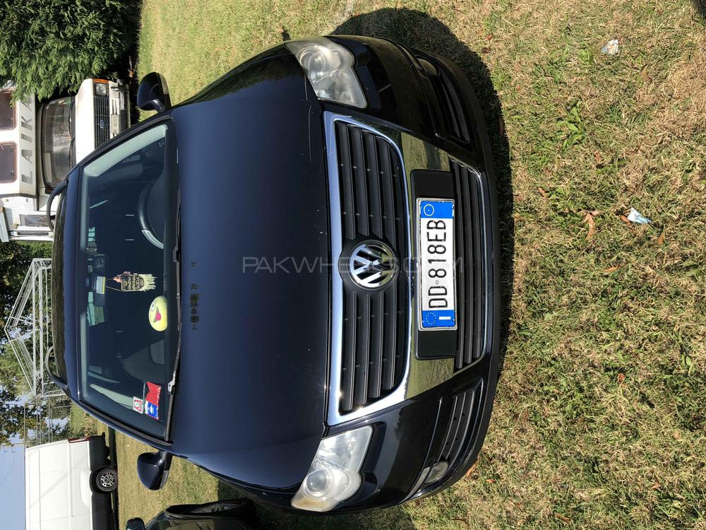 Volkswagen Passat - 2006 Passat Image-1