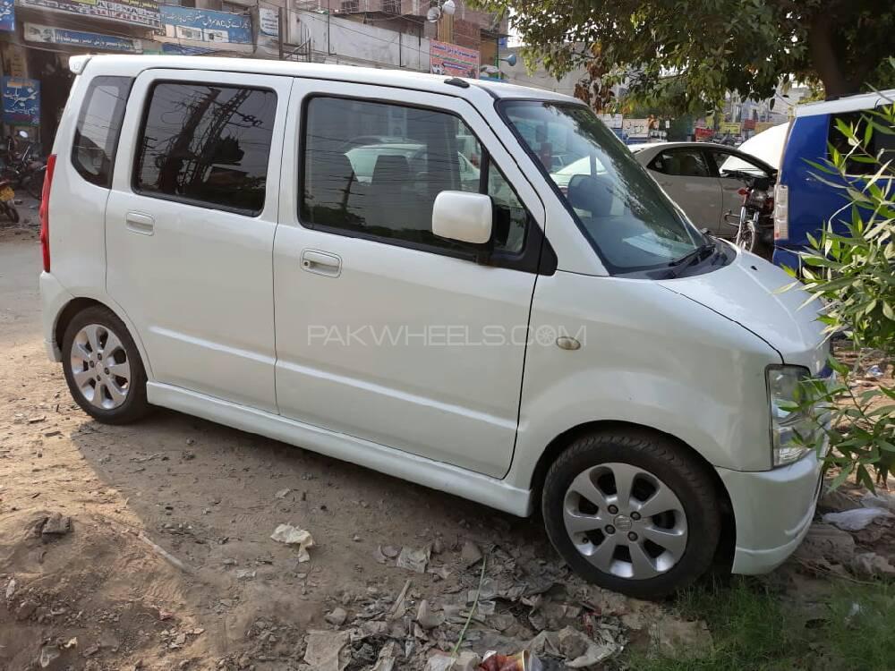 Suzuki Wagon R 2006 Image-1