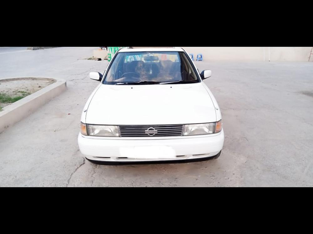 Nissan Sunny Super Saloon Automatic 1.6 1990 Image-1