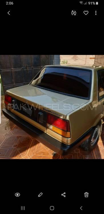 Toyota Corolla - 1985  Image-1