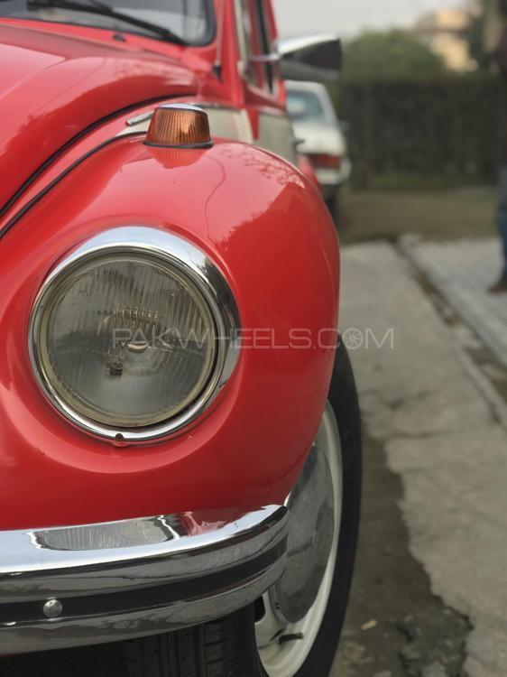 Volkswagen Beetle - 1973 Red Bee  Image-1